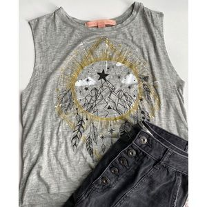 Dream Catcher Sleeveless gray graphic shirt